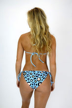 Load image into Gallery viewer, Fiji Bottom - Blue Leopard