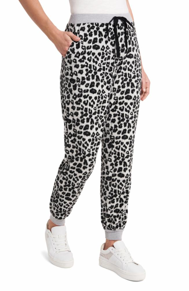 Vince Camuto: Leopard Joggers