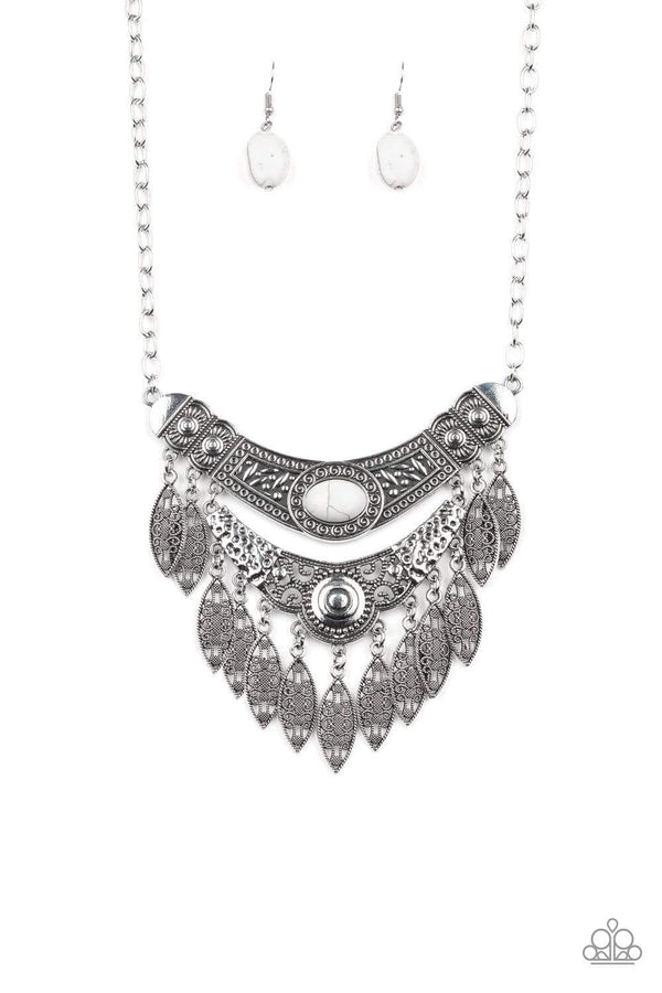 Paparazzi Accessories Jewelry Necklaces Paparazzi Accessories-Island Queen-White Necklace