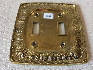 H-46 MCM Vintage Ornate Golden Brass Double Dual Light Switch Cover Baroque