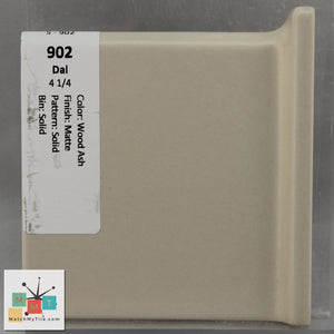 "MMT-902LV Vintage 4 1/4"" Ceramic 1 pc Wall Tile Daltile Tan Matte L Corner Cove"