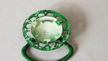 Load image into Gallery viewer, BA-1023 NOS Vintage Wicker Plastic Towel Holder Green Medallion MCM Fun Festive