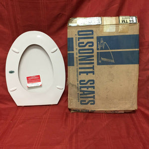 TS-39N NOS Olsonite Toilet Seat w Ld Innocent Blush Regular Bowl Top Mount Hinge