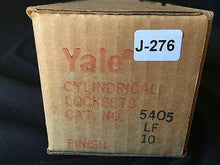 Load image into Gallery viewer, (J-277) NOS Vintage Yale Commercial Lockset Door Knobs 5405LF 10B Brushed Copper