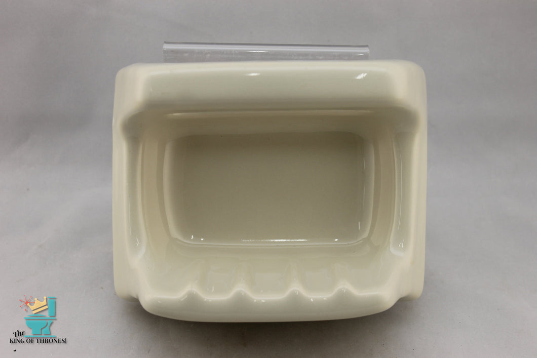 SD-1656 Vintage Ceramic Pale Almond Soap Dish Handle Gloss