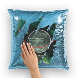 COMPOSICION MICROSCOPICA EN VERDE Y AZUL Sequin Cushion Cover