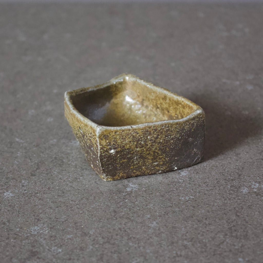 Sculpture Sake / Whiskey Cup #TR118