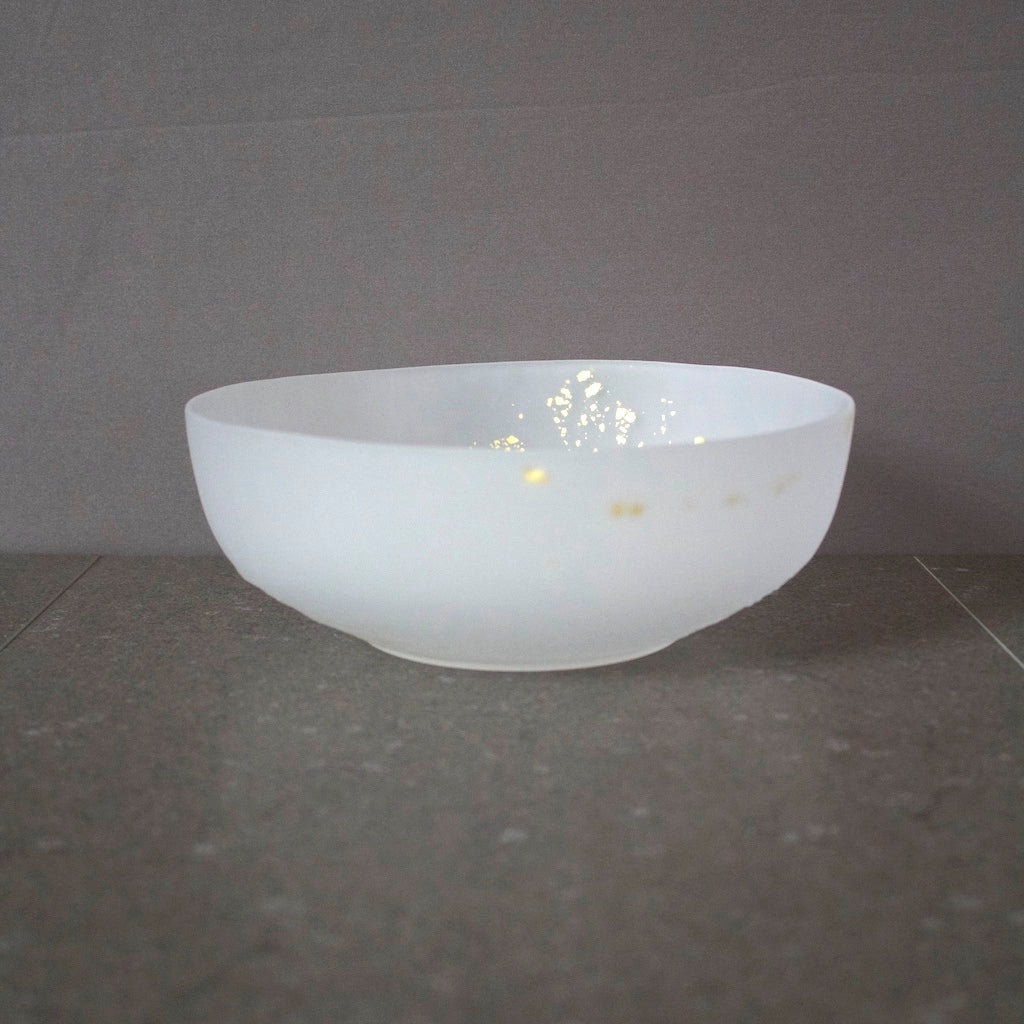 Frosted White Bowl w Gold Leaf #MZ9010