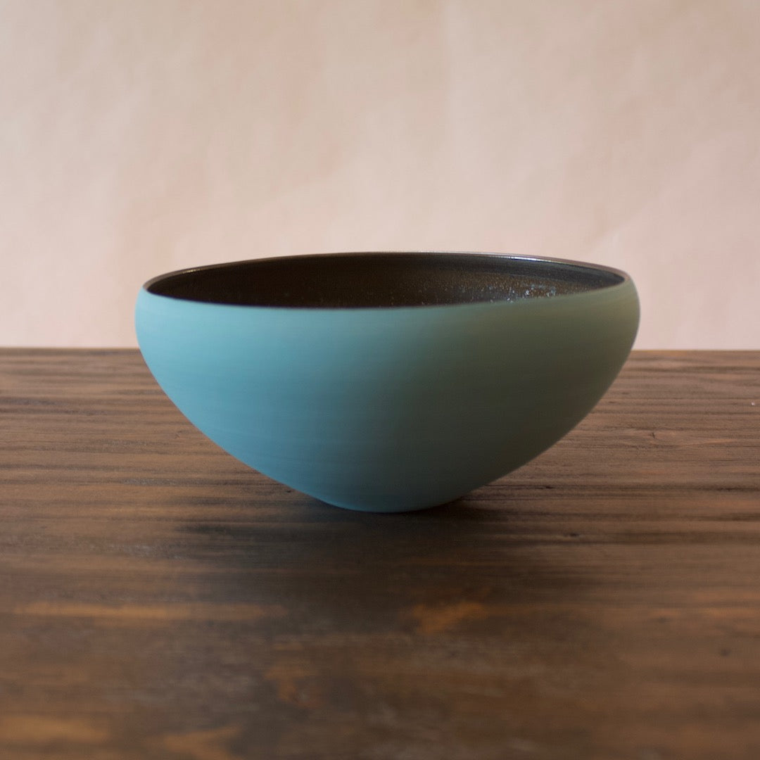 "Light Blue / Manganese ""Mother"" Bowl #3-5 by Yuji Murakami"