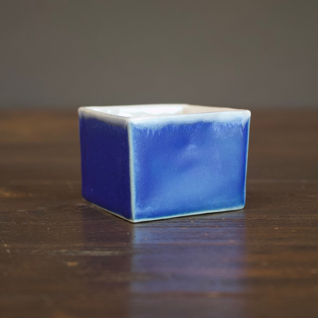 Blue SQ Box Cup Small #LK591A