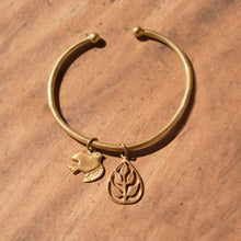 Load image into Gallery viewer, Leaf Charm Bracelets For Girls