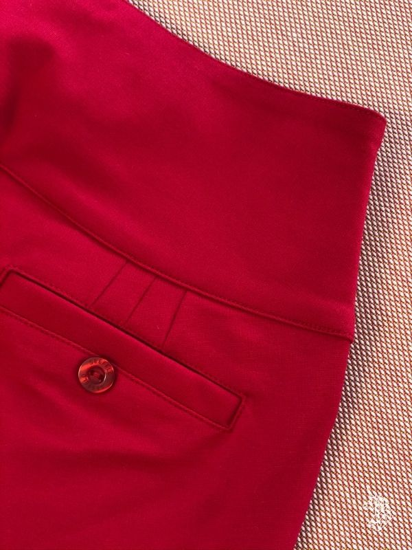BELLEVUE - Straight Cut Pants - Cherry Red // SWISS MADE