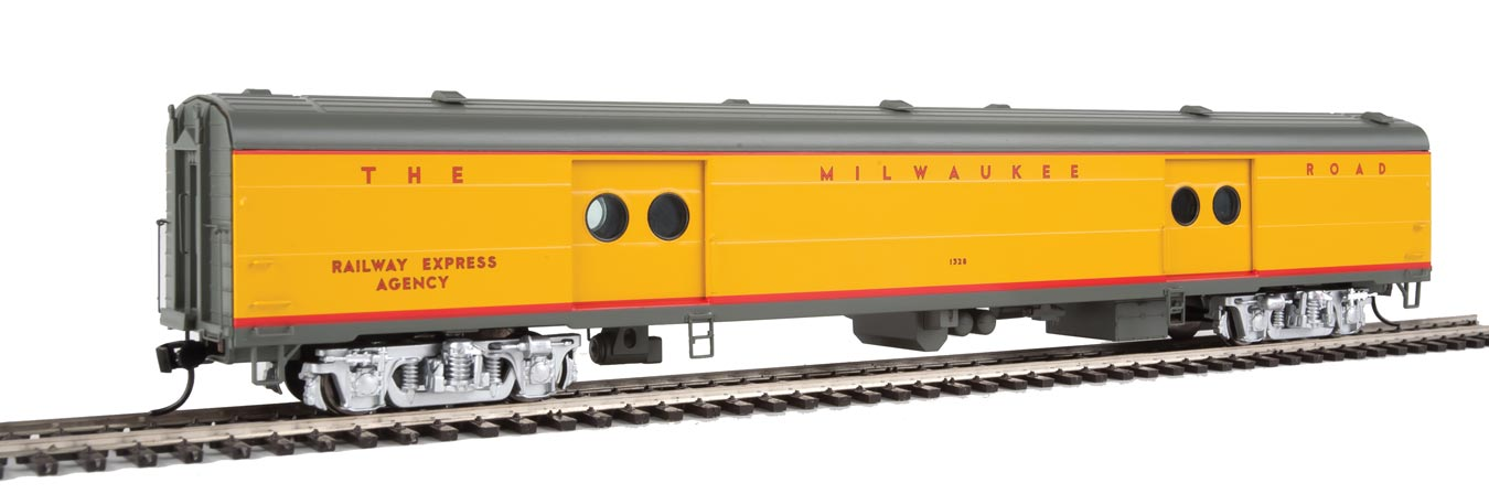 Walthers Proto Milwaukee Road 75' Milwaukee Road Express Car