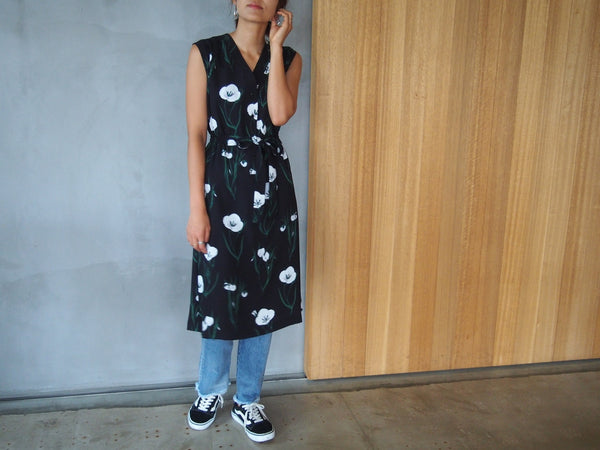 "Pick Up Item ""Dress"""