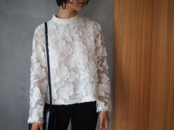 "Pick Up ""Flower Sheer Jacquard"""