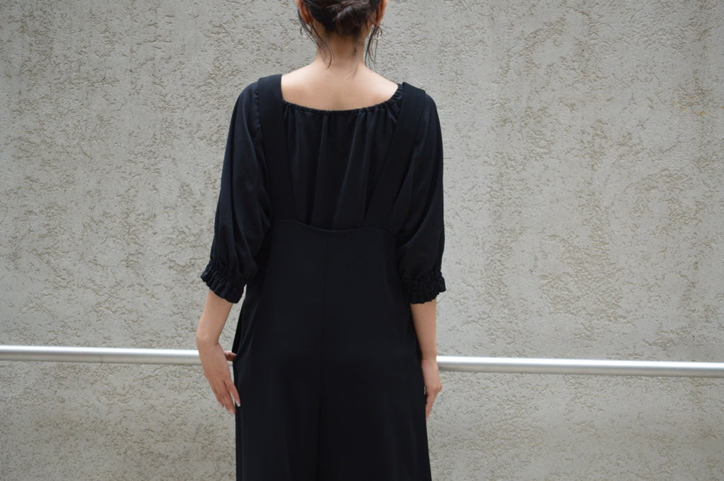 リミテッドスムースクロスジャンプスーツ Greed International Limited Smooth cloth Jumpsuit COLOR:BLACK SIZE:S/M PRICE:¥27.000(+TAX)