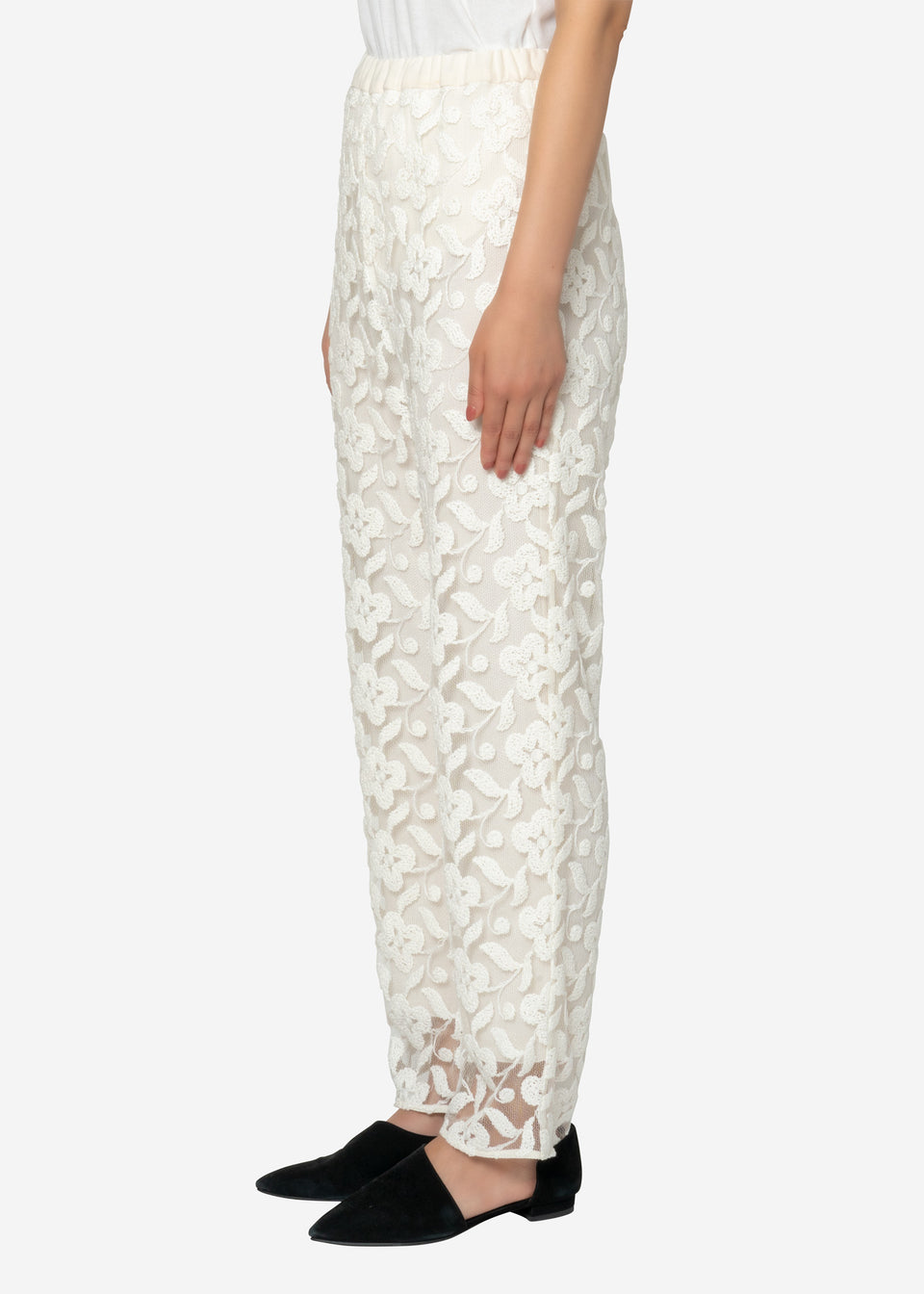 Flower Sheer Jacquard Sleeveless Dress in Off White