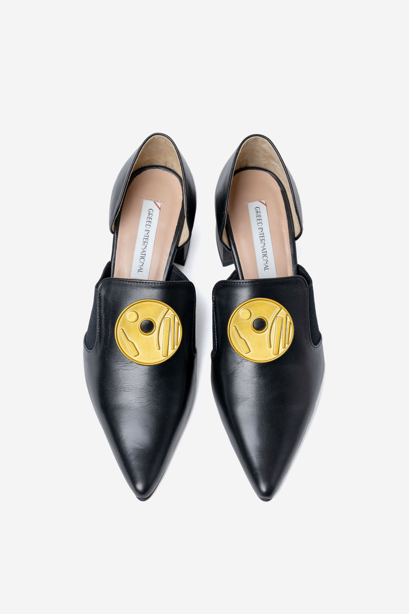 Moon Button Smooth Shoes Flat in Black