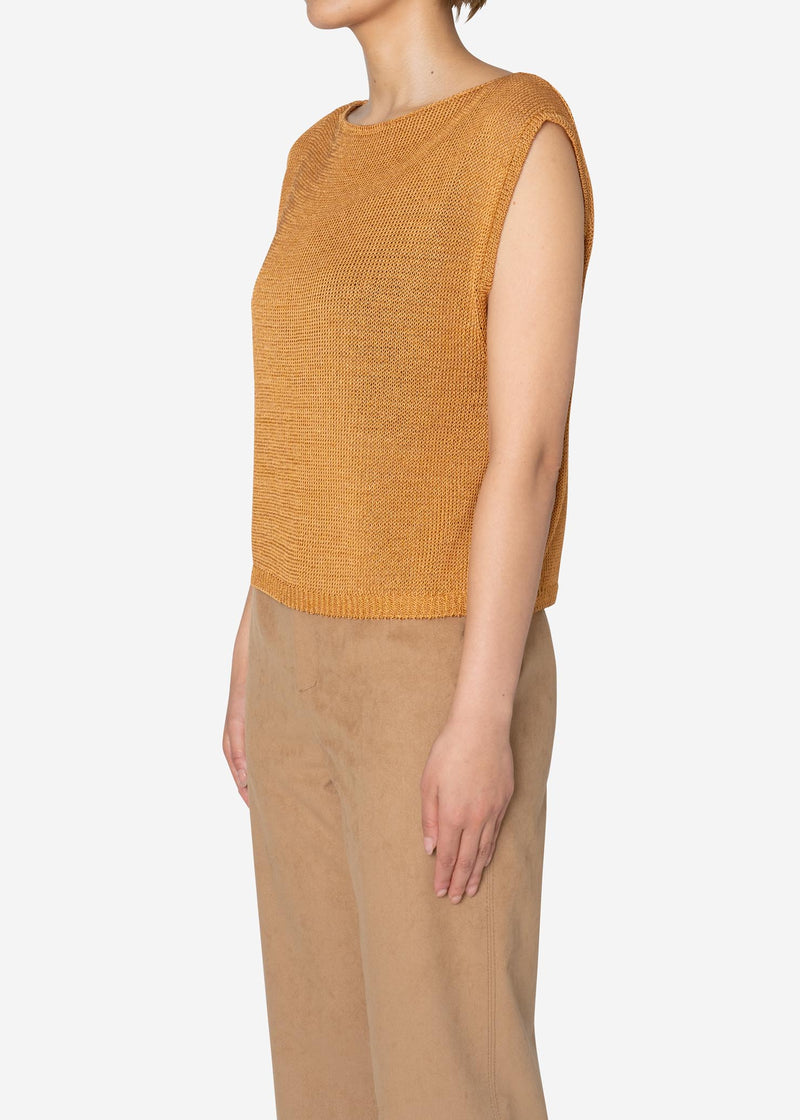 Rope Lily Yarn Sleeveless Sweater in Camel