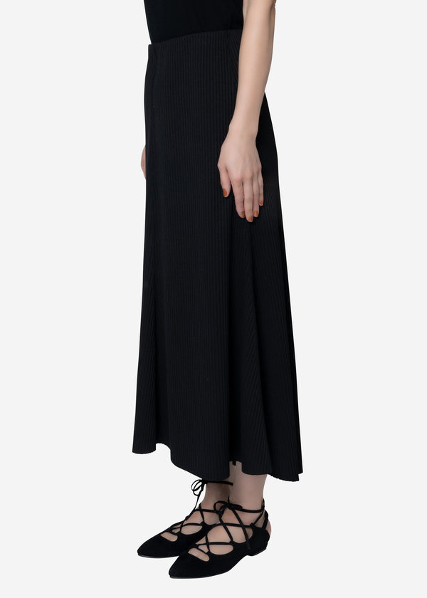 Summer Rib Flare Skirt in Black