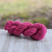 Load image into Gallery viewer, Bubblegum Pink Yarn