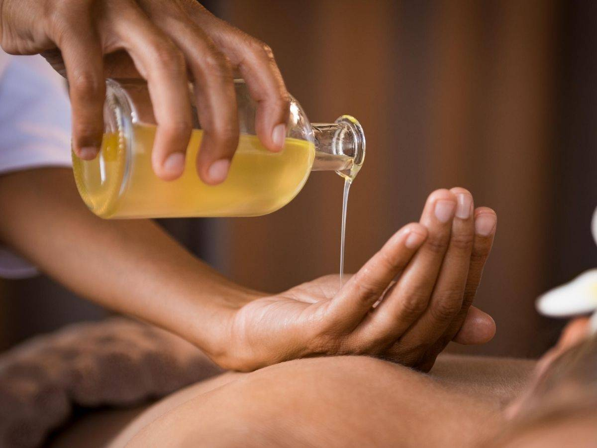 Why You Should Be Using a Body Oil