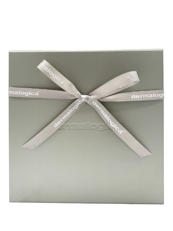 Gift Wrapping & Personalised Card