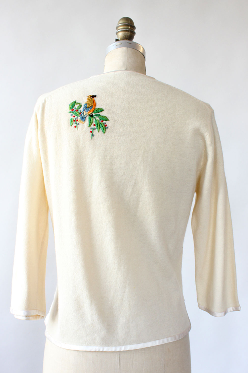 Songbird Embroidered Cardigan S/M