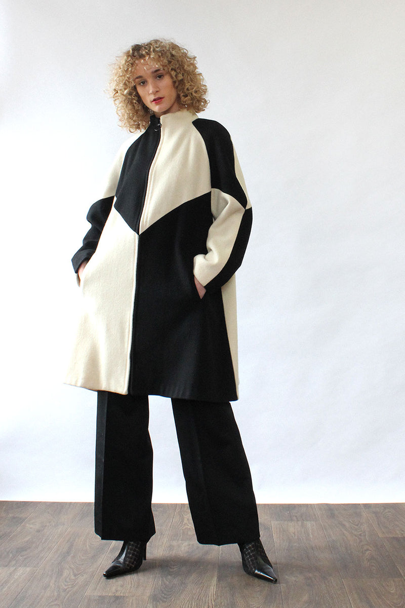 Graphic Zip Flared Coat M/L
