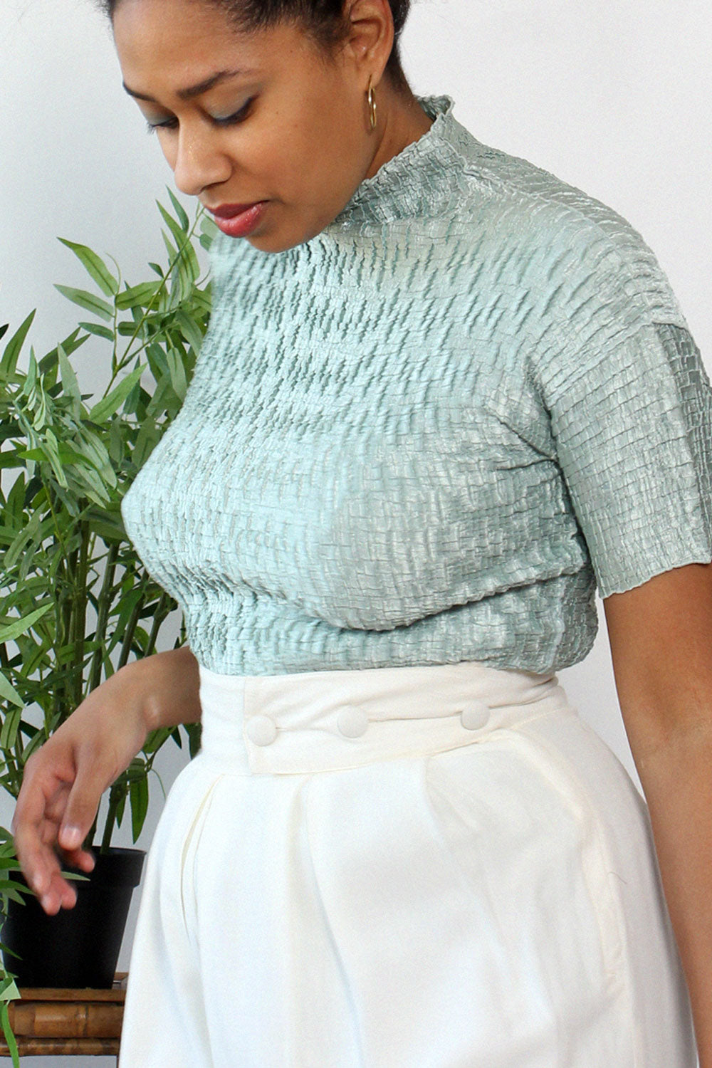 Mint Pleat Mockneck Top M/L