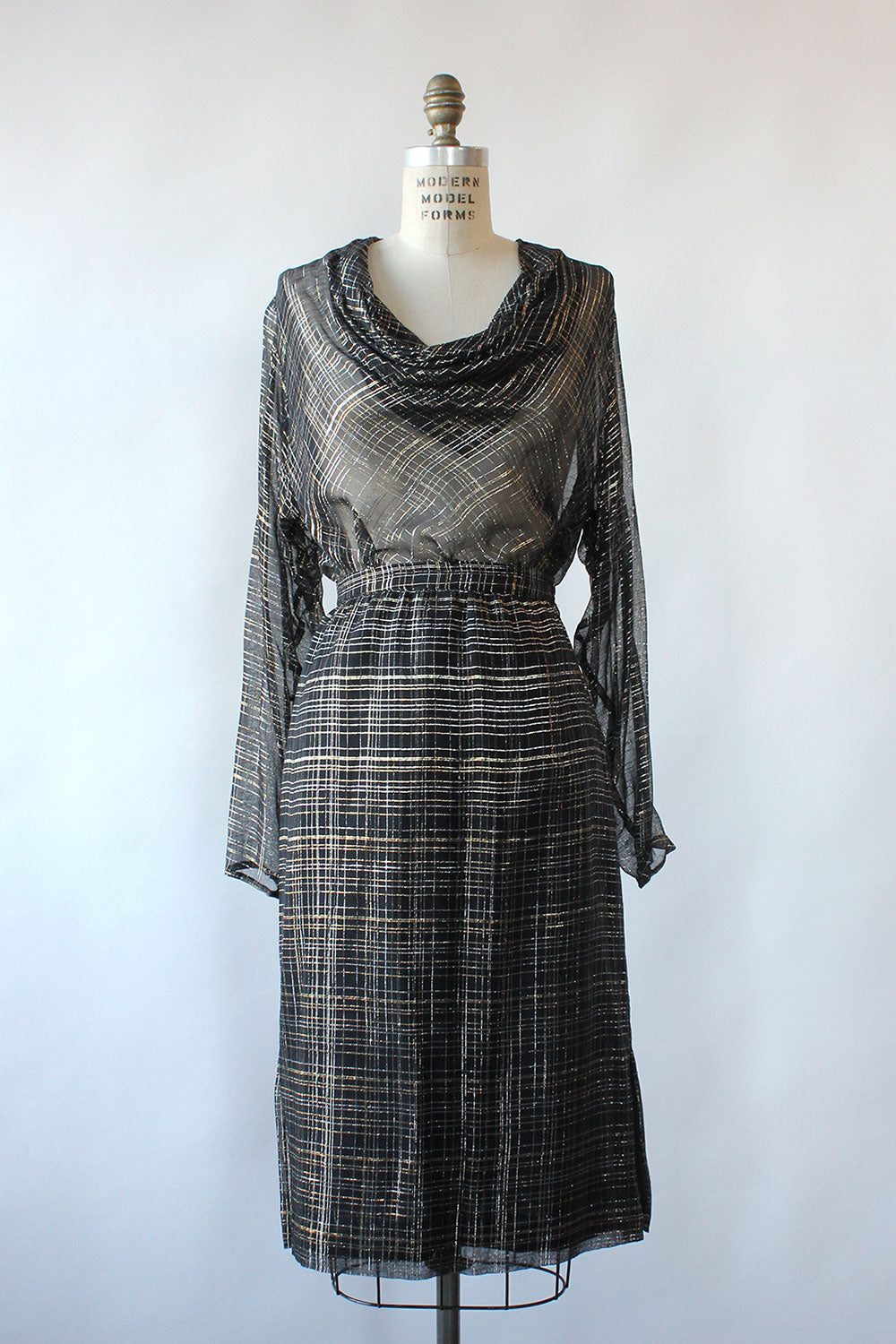 Mixed Metallic Sheer Ensemble M