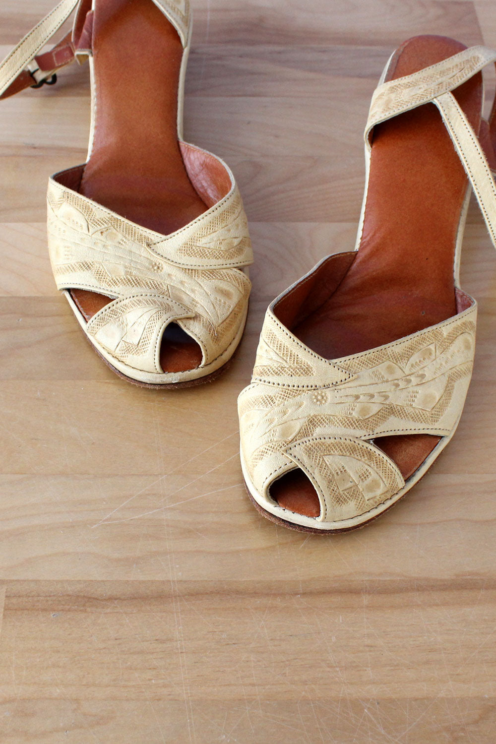 Tooled Peeptoe Wedge Sandals 6.5-7