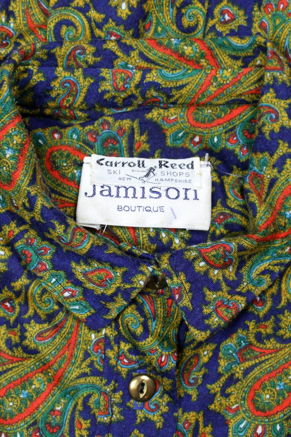 vintage paisley dress detail
