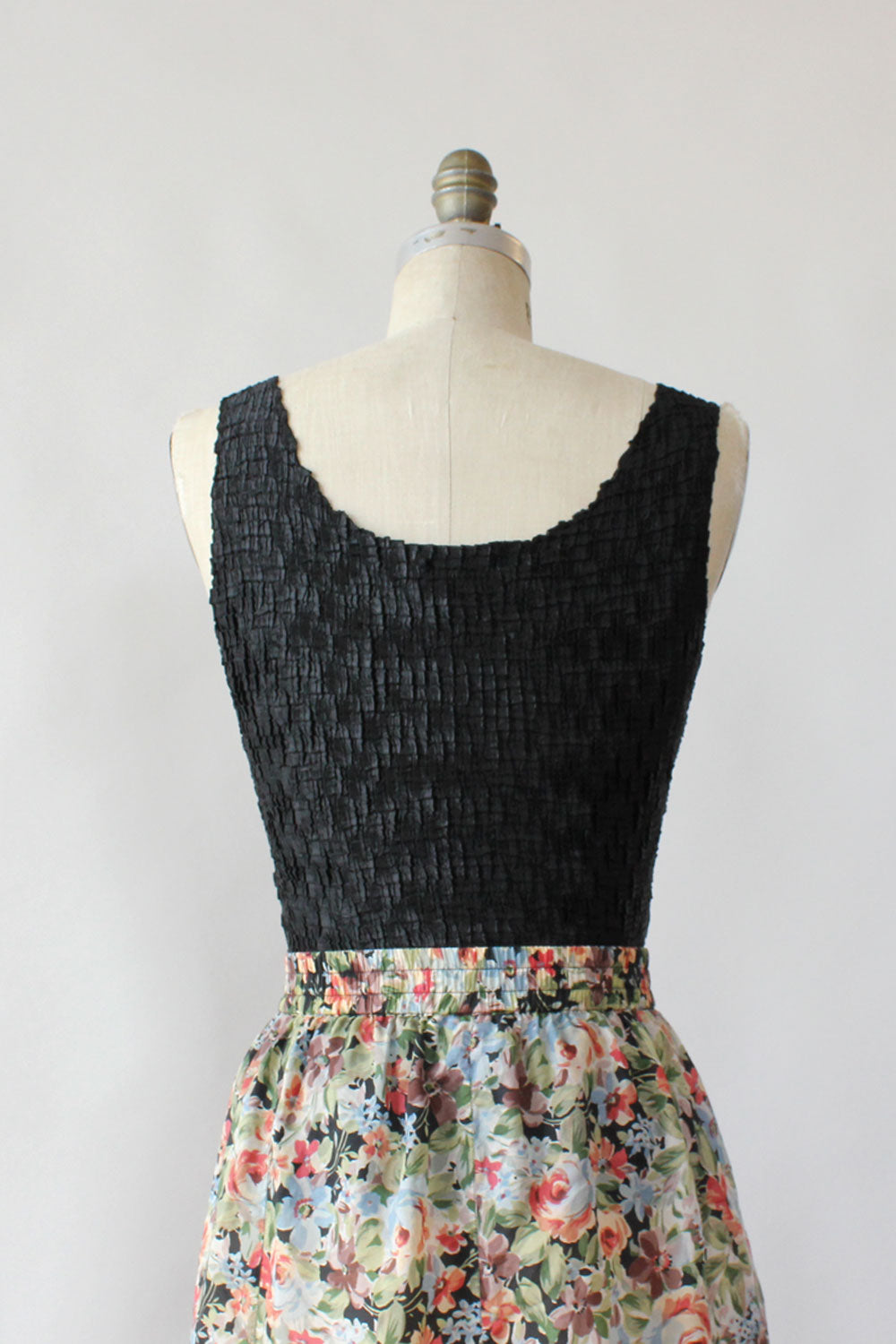 Crinkle Pleated Tank Top S-L