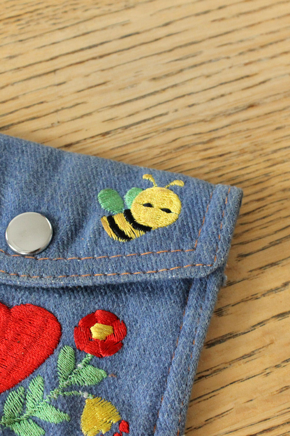 Bumblebee Pocket Pouch