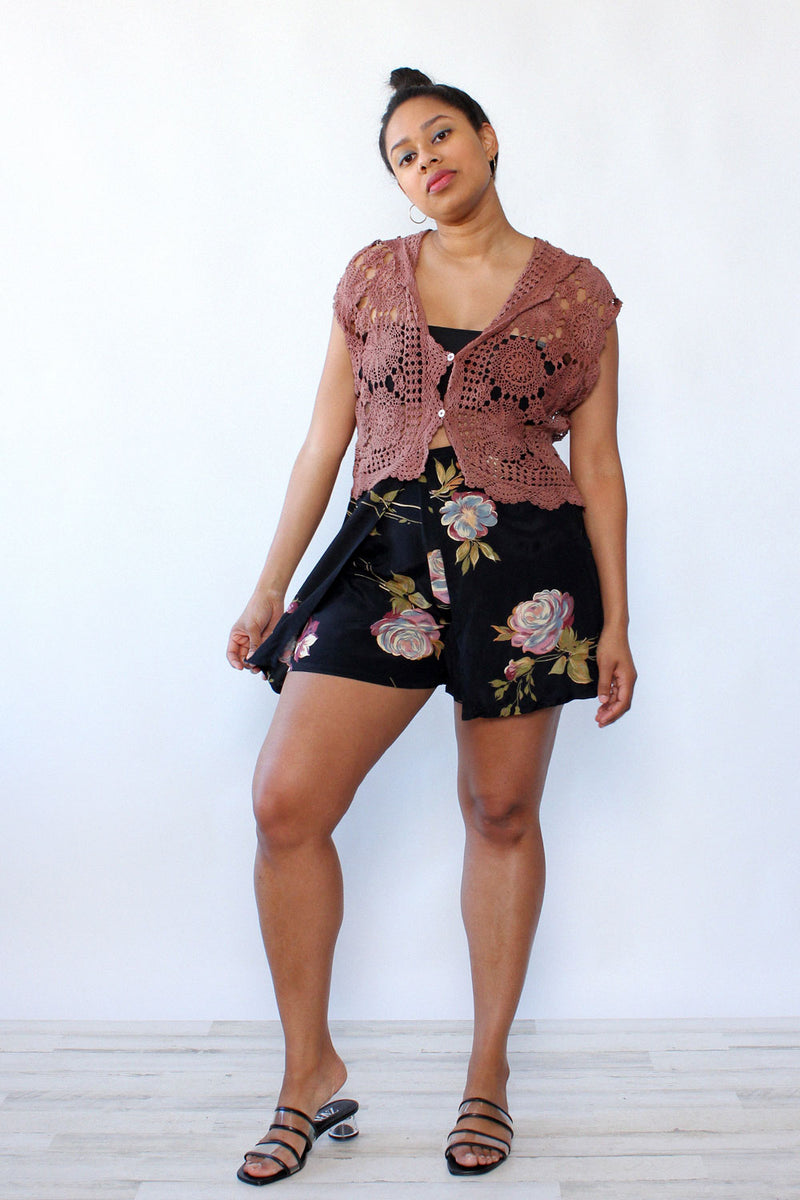 Moody Floral Cape Shorts M/L
