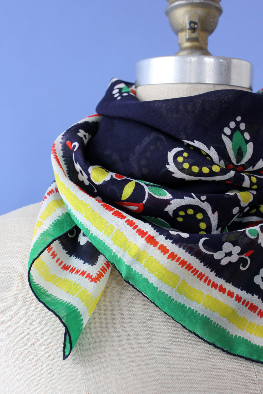 Folksy Motif Cotton Scarf