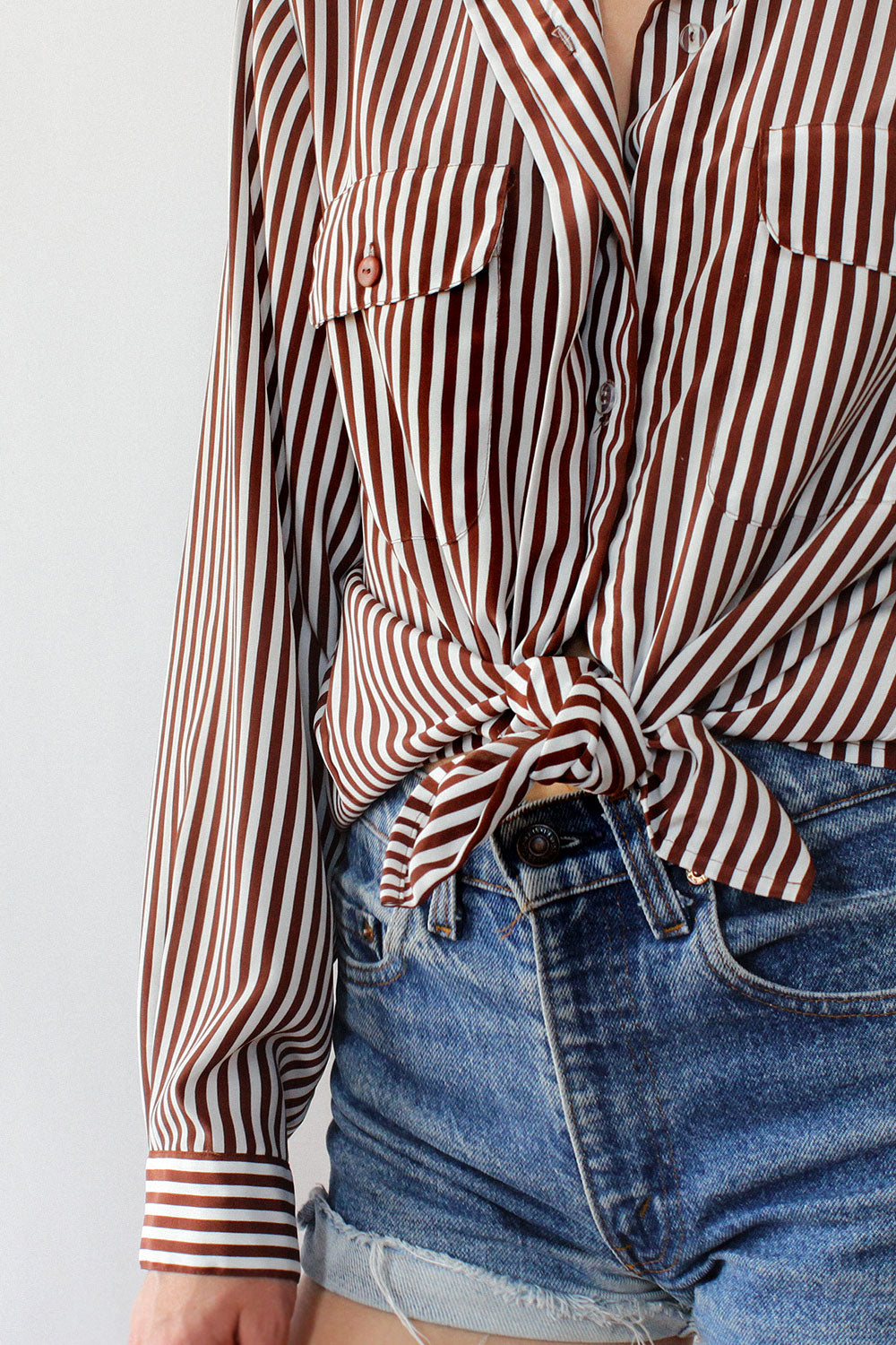 Cafe Stripe Button Down M/L
