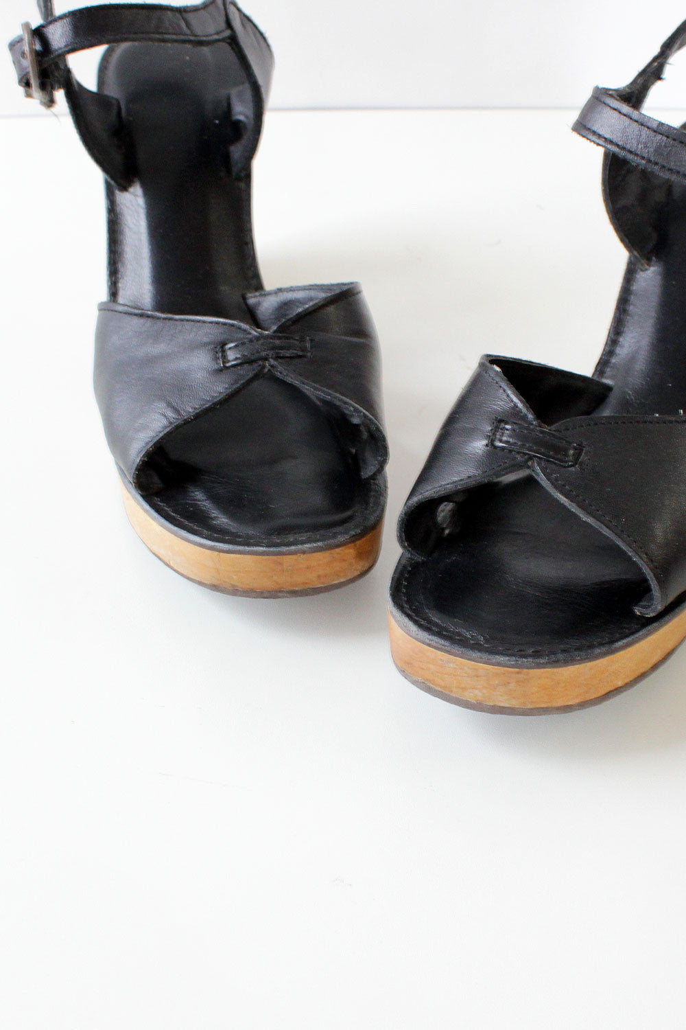 Black Leather Platform Sandals 7