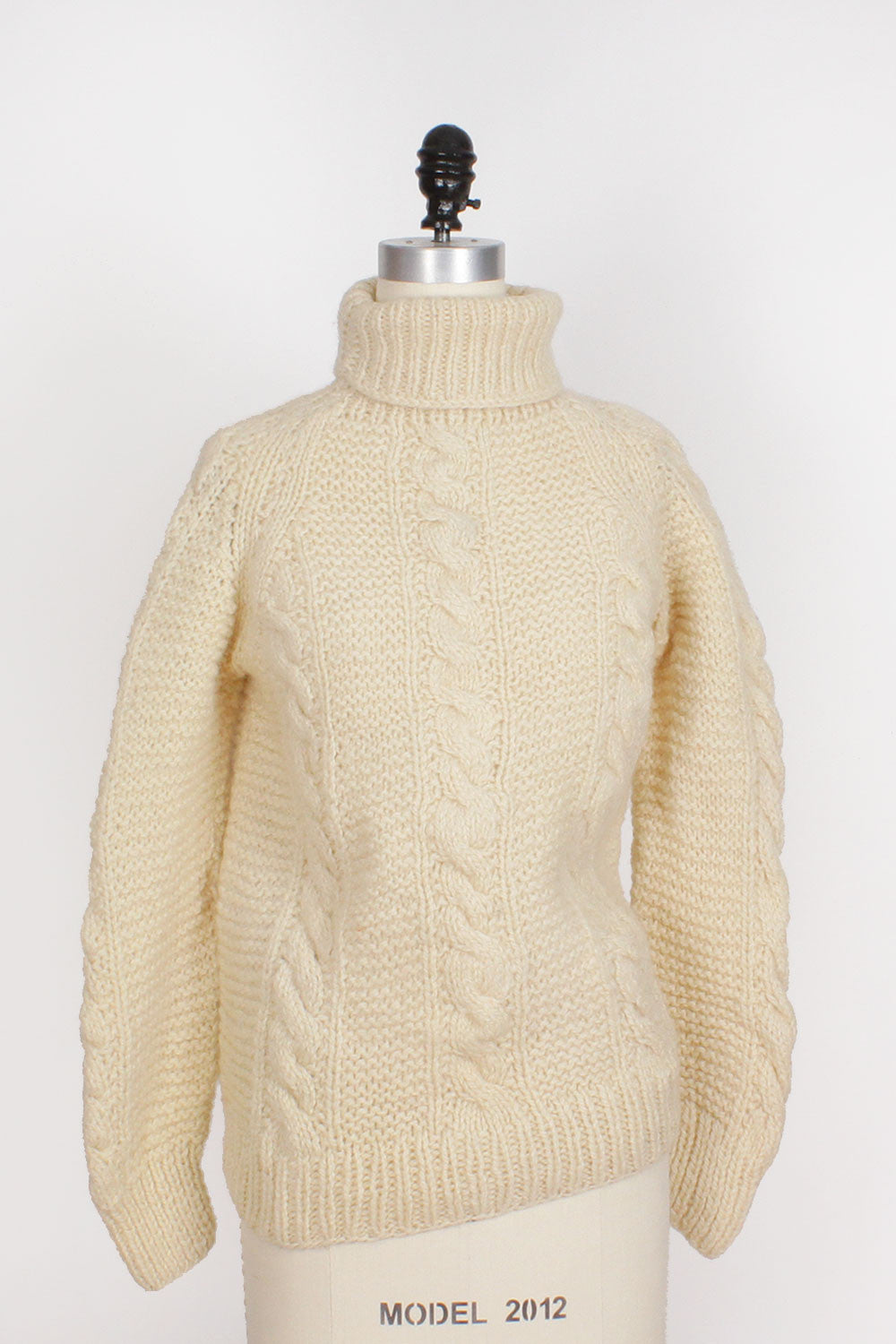 B. Altman Chunky Turtleneck S/M