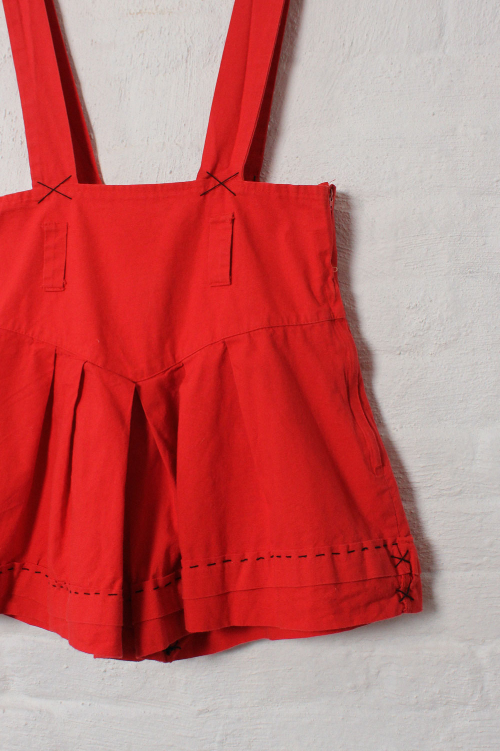 Red Cotton Suspender Shorts M