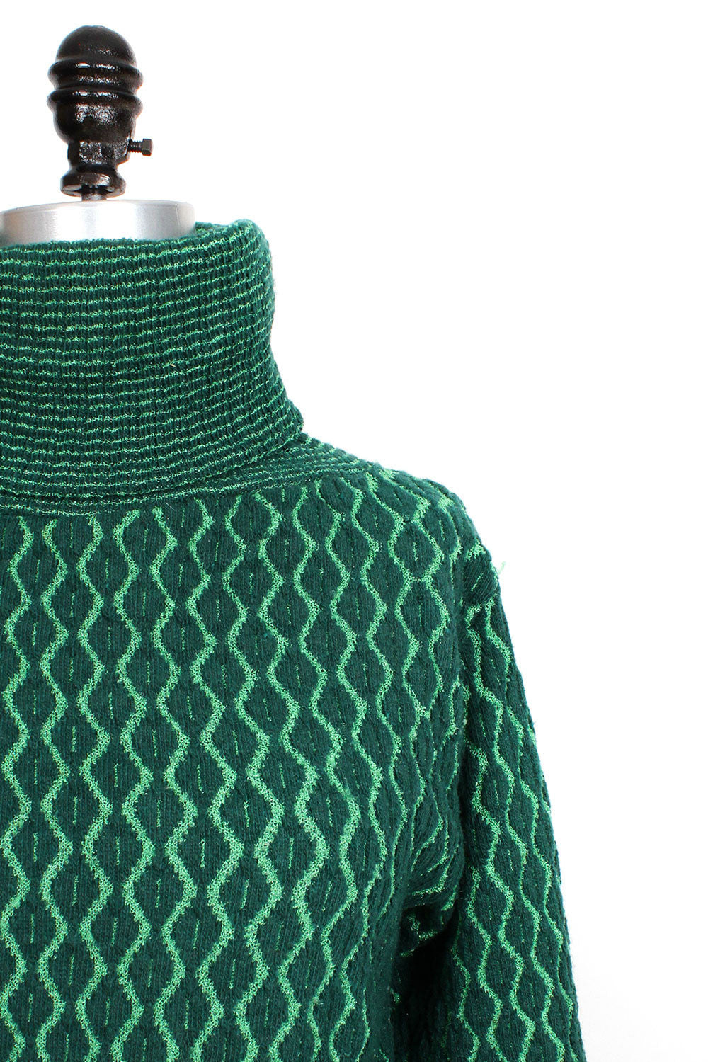Diamond Knit Turtleneck M