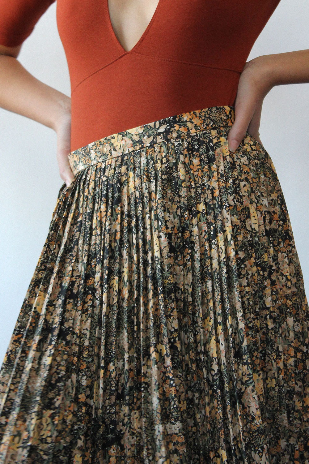 Picone Wildflower Pleated Skirt S/M
