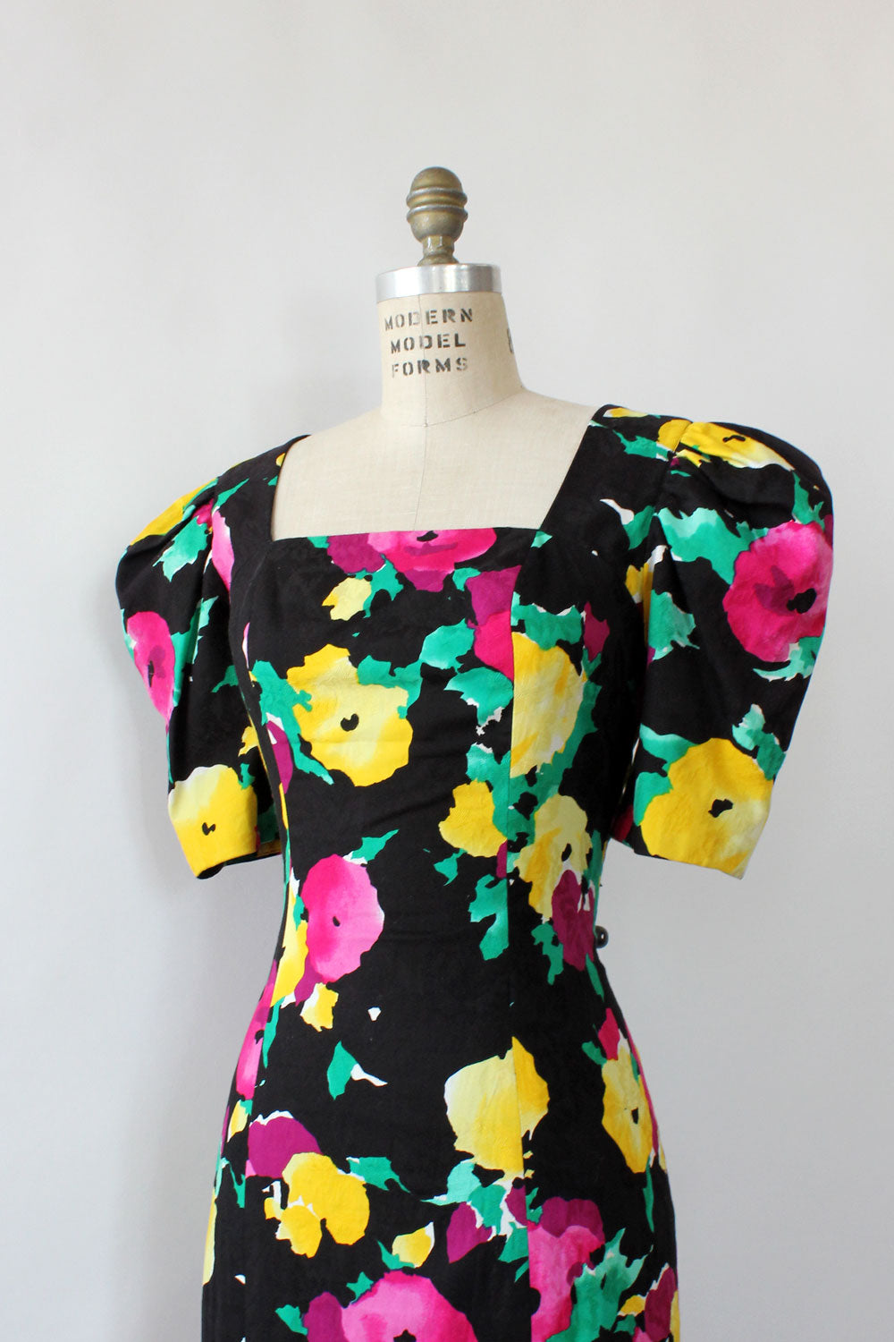 Painterly Floral Puff Sleeve Dress M