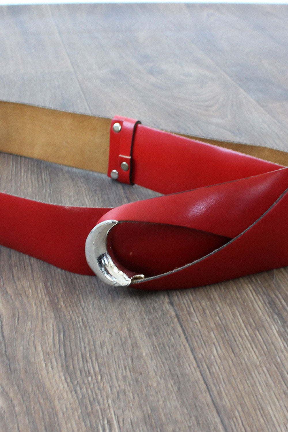 Ruby Leather Loop Belt
