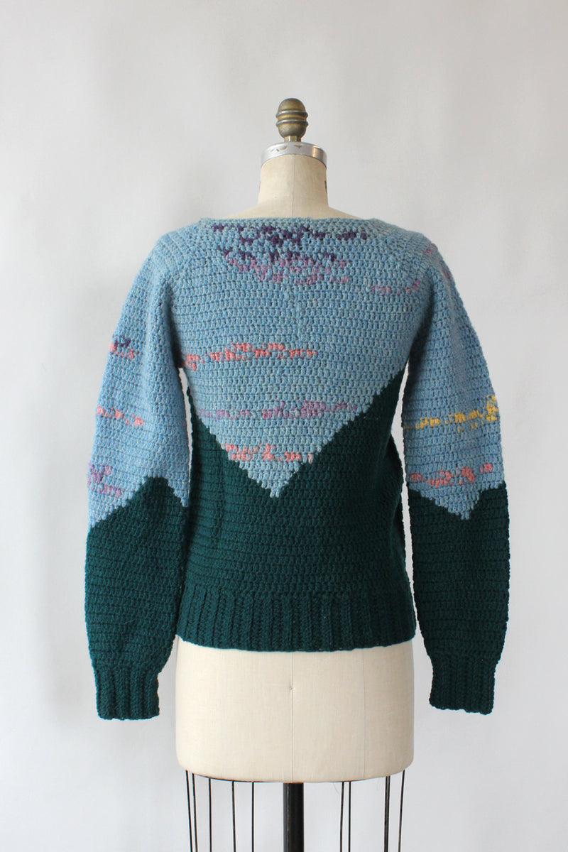 Hills and Valleys Crochet Pullover XS/S