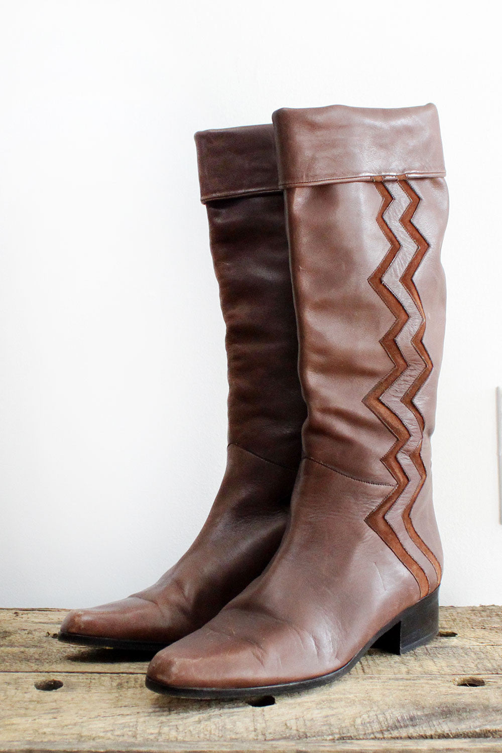 Andre Assous Zig Zag Boots 8