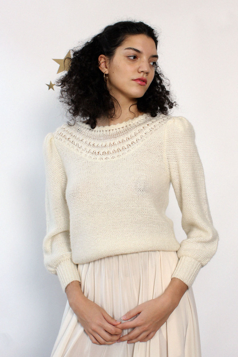Snow White Puff Sweater M/L