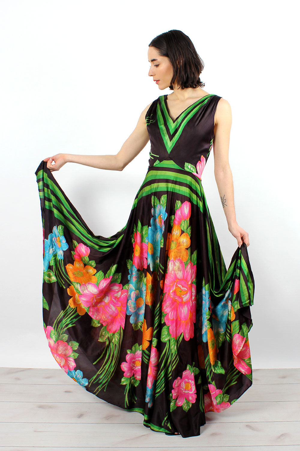 Techni-Floral Full Sweep Maxi M