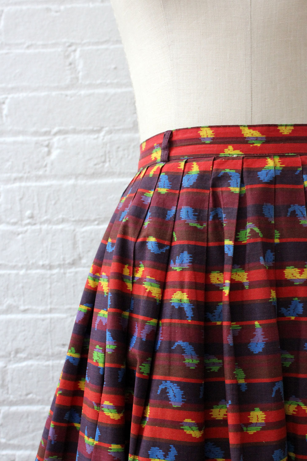 Brick Red Graphic Skirt M